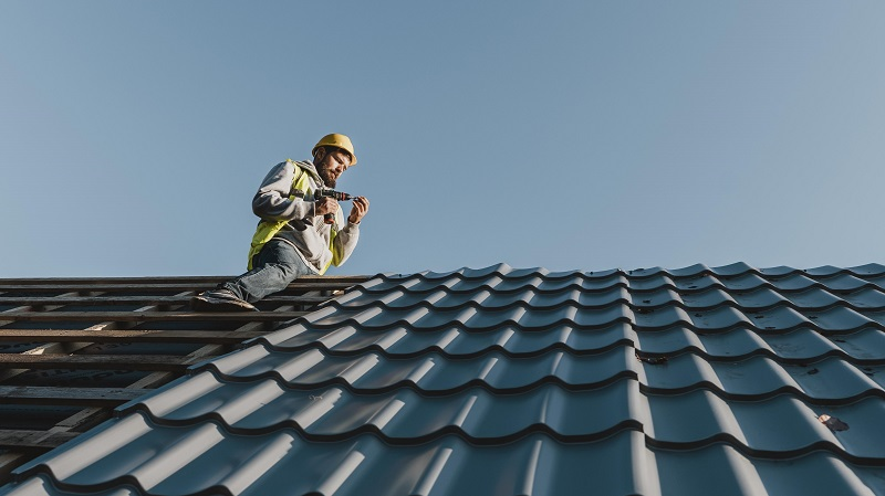 do routine roof maintenance
